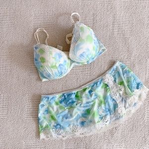 Other - Sexy lingerie Floral Bra and Thong under skirt Set